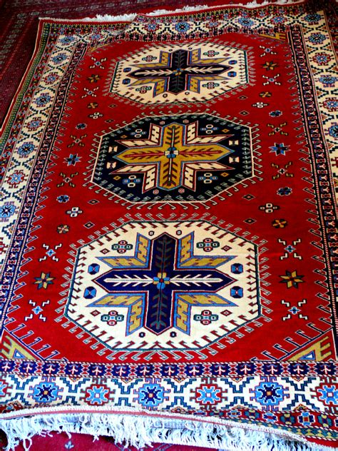 Azerbaijani Carpets 9 Things You Need To Know About Them How To Buy A Rug