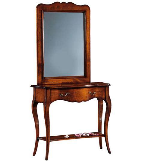 Specchio Con Cornice In Legno by Specchio Con Cornice In Legno Sagomata Spazio Casa