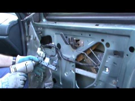 service manual how to replace a 1998 buick lesabre wiper motor fj cruiser windshield power window motor replace shortcut buick other gms quick repair gearheadsworld youtube