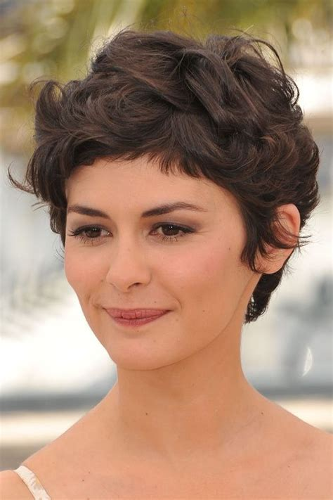 hairstyles for thick hair and fringe 40 сharming short fringe hairstyles for any taste and