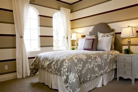 guest bedroom furniture how to choose bedroom furniture for your small guest room