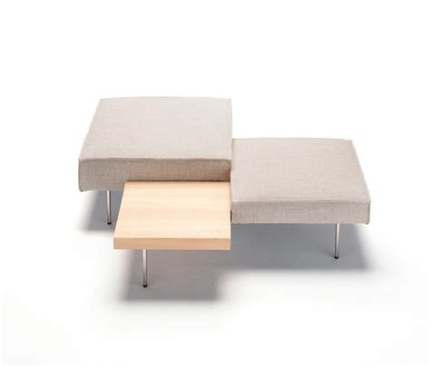 Table Upland by Massimo Mariani Upland Pouf And Table