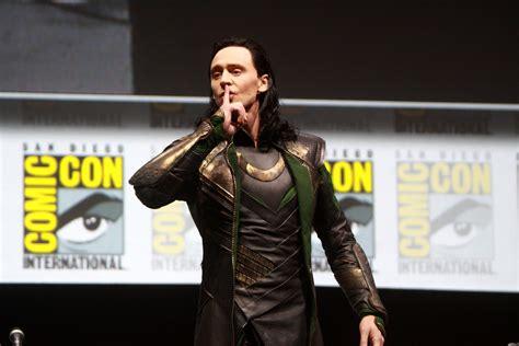 3d Camera tom hiddleston tom hiddleston portraying loki speaking
