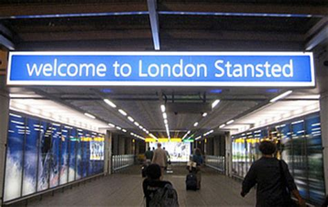 best way to get to stansted airport from central terravision