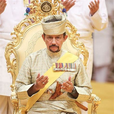 sultan hassanal bolkiah urbanduniya defining a micro nation the sultan of brunei