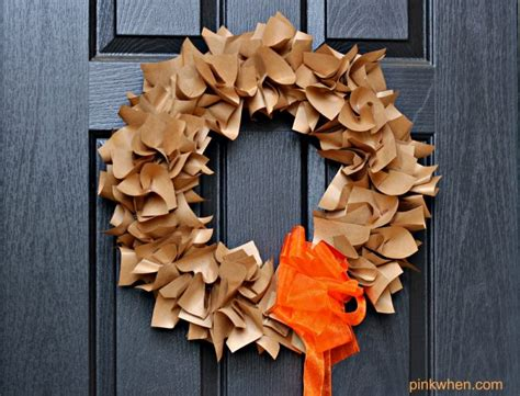 How To Make A Paper Wreath - how to make a paper wreath pinkwhen