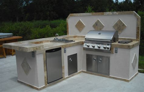 your basic l shaped outdoor kitchen