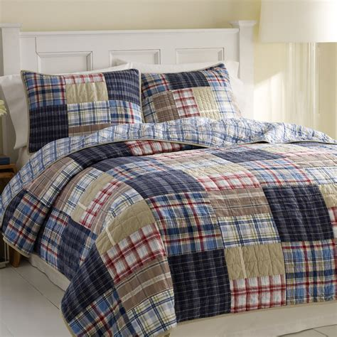 quilt or comforter beddingstyle nautica chatham quilt