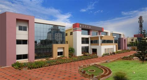 Mba Colleges In Bhubaneswar Bput by Biju Patnaik Institute Of Information Technology And