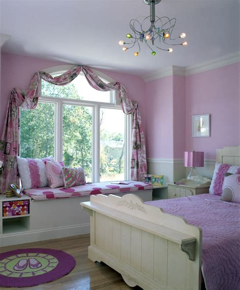 little girl room sitting pretty six chic window seats designers