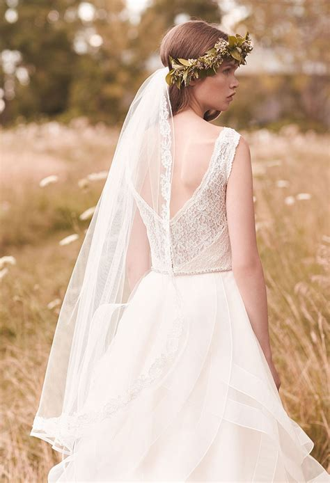 fall fingertip length wedding veil lace applique accented