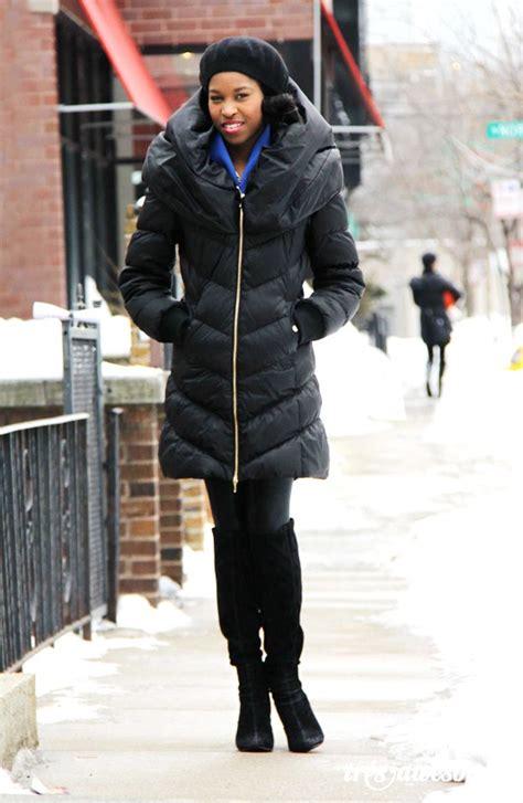 Rhianna Fashionweek With The Botkier Gladiator Bag by 7 Ways To Wear Puffer Jackets Stylishly Fashion
