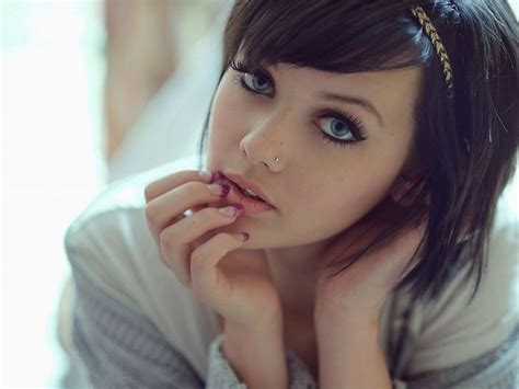 wallpaper cool girl wallpapers and pics cool emo girls