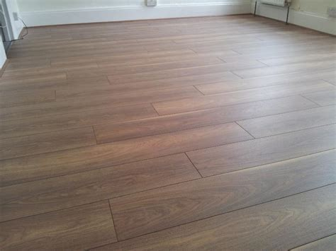 top 28 how much laminate flooring to buy tips for buying laminate flooring best laminate