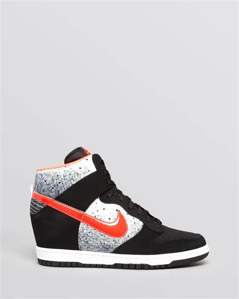 Sneakers Wedges Nike Sky High Dunk Grade Ori nike lace up high top wedge sneakers s dunk sky hi in black lyst