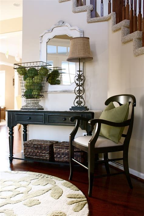 entry hall table decor foyer tables entry ways and high ceilings on pinterest