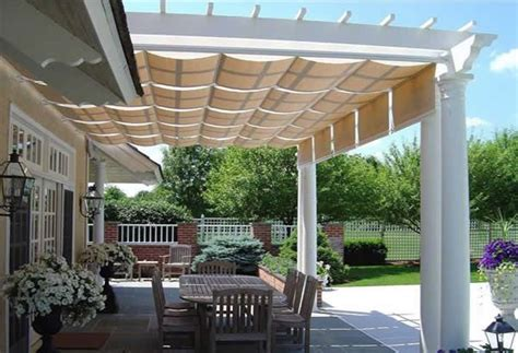 Pergola With Retractable Canopy I Like The Idea Of Pergola Sun Shades
