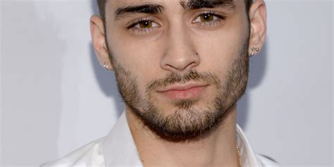 zayn malik face tattoo zayn malik appears to gotten a