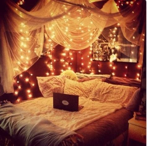 fairy lights bedroom bedroom inspiration bed diy cosy room decor room ideas