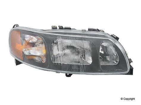 volvo  head light auto parts  catalog