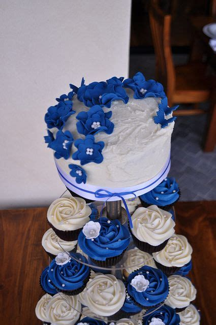 17 best ideas about royal blue cake on pinterest royal blue wedding cakes navy wedding cakes