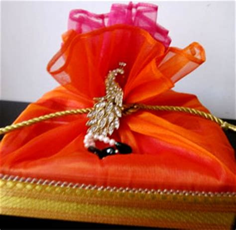 Marriage return gifts ideas india