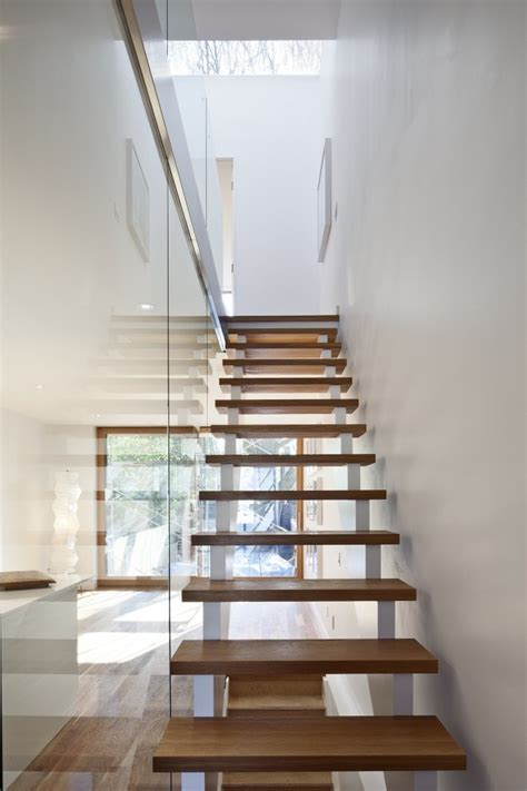 Minimalist Stairs Design 17 Best Images About Minimalist Stairs On Pinterest White Interiors House And Wels