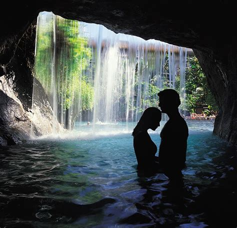 25 super romantic hotels across the world 25 best ideas about romantic places on pinterest