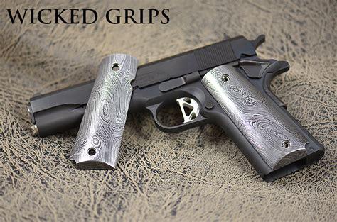 Handmade Gun Grips - custom 1911 damascus steel grips set 111 grips