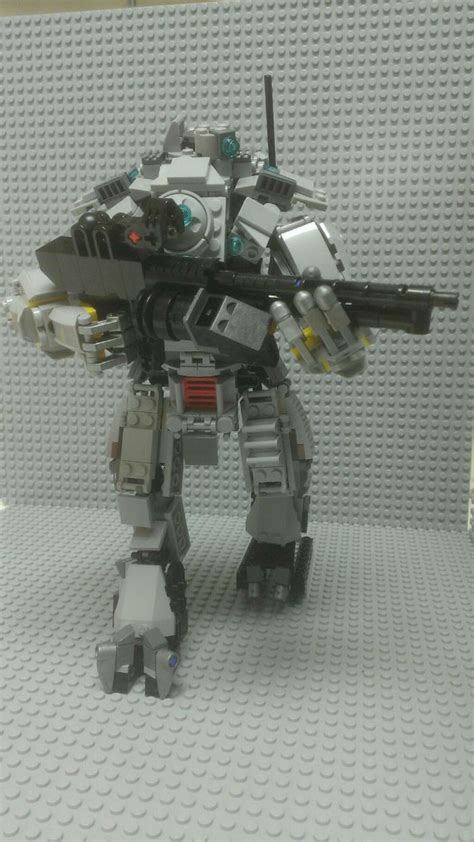 titanfall mech recreated  lego polygon