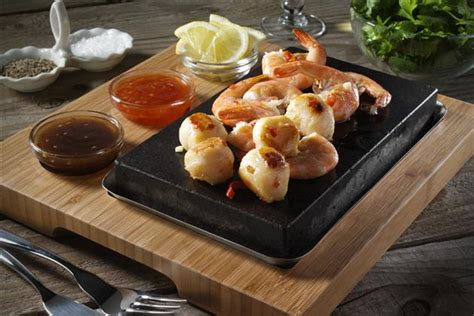 SteakStones Hot Stone Cooking System   HiConsumption