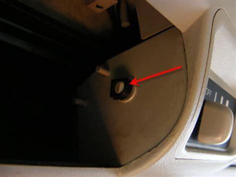 Karet Kaca Sing Belakang Kanan Dan Kiri Suzuki Jimnykatana memperbaiki grille blower a c belakang 171 jurnal apv