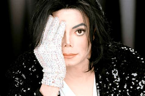 michael jackson pictures biography albums filmography news michael jackson songs thriller kids biography age