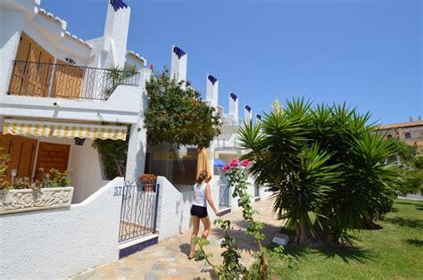 Reihenhaus Verkaufen by Reihenhaus Auf Der Strandseite In Cabo Roig Zu Verkaufen