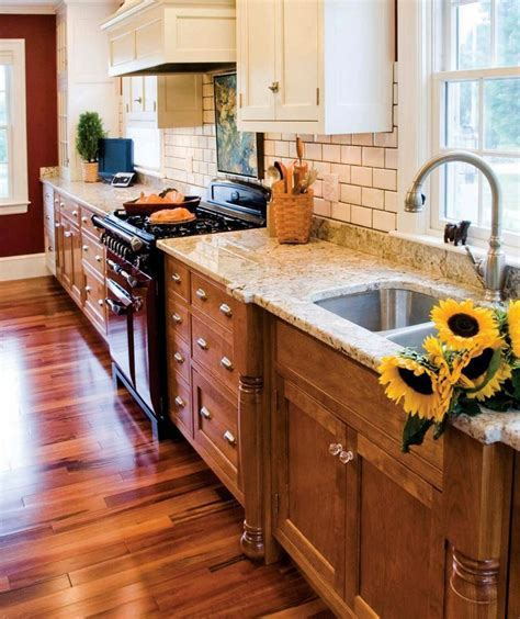 Bottom Kitchen Cabinets by 25 Best Images About Two Toned Cabinets On