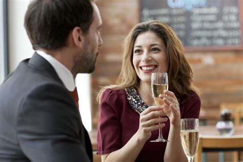 dating couch how to become a dating coach the 2 most important steps