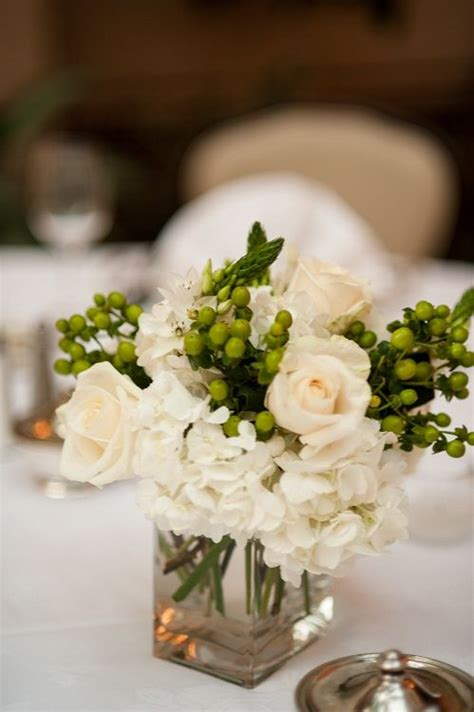 dinner table centerpieces 25 best ideas about rehearsal dinner decorations on