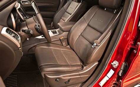 jeep grand cherokee interior seating 2014 jeep grand cherokee ecodiesel front seats photo 5