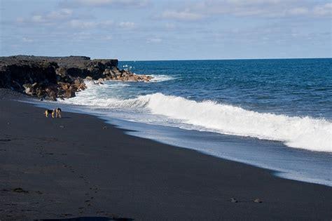 black sand beach hawaii hawaii black sand beach flickr photo sharing