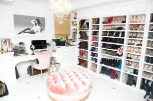 Closet Chairs In Ashley Tisdale S Closet Netrobe