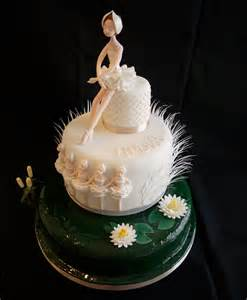 ballerina kuchen 17 ballerina cakes for your tiny dancer s grapevine