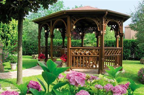 modelli di gazebo in legno gazebo in legno tanti modelli per giardini da sogno