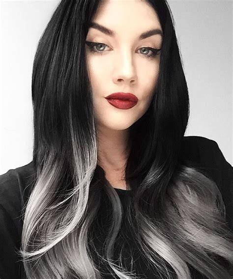 hair designs with grey streaks 25 best ideas about gray streaks on pinterest silver