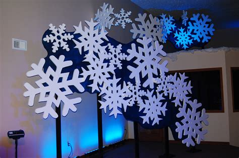 snowflake backdrop this would be cool if they were huge
