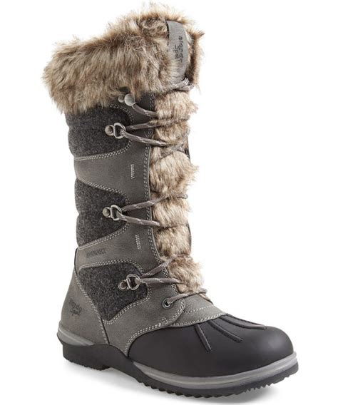 top 10 winter boots for 10 chic pairs of winter snow boots you should buy nike