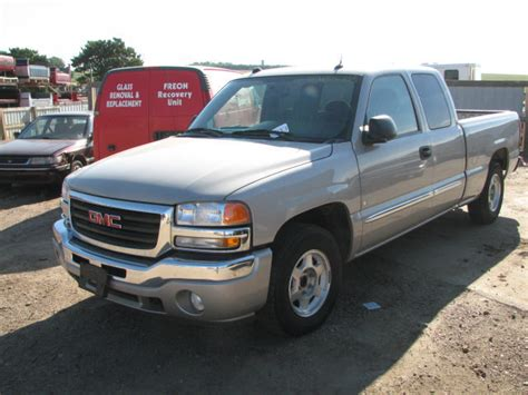 accident recorder 2005 gmc sierra 1500 free book repair manuals service manual 2005 gmc sierra 1500 rear differential removal understanding and diagnosing