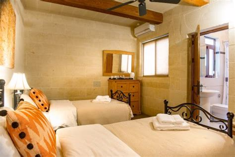 ta bed and breakfast ta kalamija bed breakfast updated 2017 guesthouse
