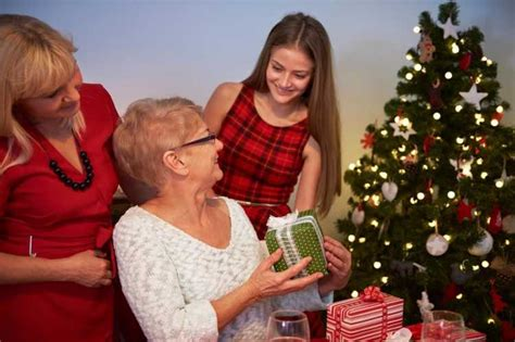 best christmas gift for seniors united hebrew shares top 9 gifts for seniors talk of the sound