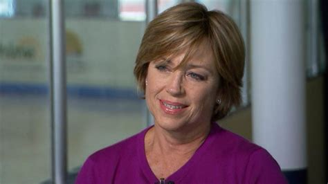 dorothy hamil wedge hairstyle photos back of head dorothy hamill opens up about olympics relationships