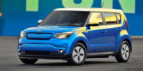 2015 kia soul 2015 kia soul ev vehicles on display chicago auto show
